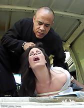 Women captured to the van, pic #7