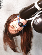 Latex slave in bondage, pic #5