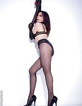 Sex slave posing, pic #3