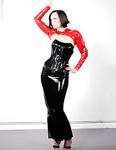 Mistress in latex and Ashley Renee, pic #2
