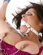 Bondage in a bedroom, pic #8