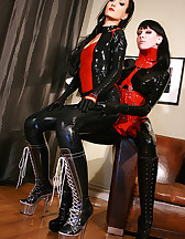 Playing with my latex slave girl, pic #5