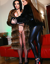 Classy ladies play in real furs, pic #2