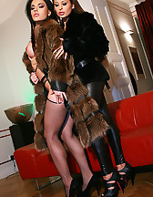 Classy ladies play in real furs, pic #5