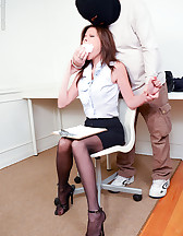 Captured secretary, pic #2