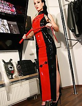 Real life latex fitting in Munich, pic #1