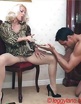 Lana Cox smokes cock, pic #2