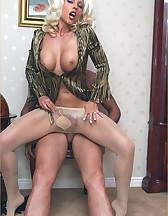 Lana Cox smokes cock, pic #10