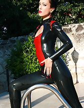 Wet games in shiny black latex, pic #11