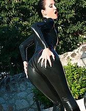 Wet games in shiny black latex, pic #14