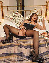 Bedroom femdom pleasures, pic #2