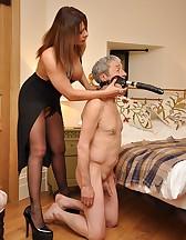 Bedroom femdom pleasures, pic #10