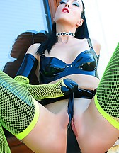 Kinky in black latex and fishnets, pic #9