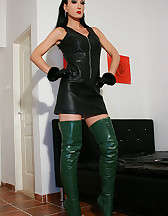 Horny in green leather boots, pic #1