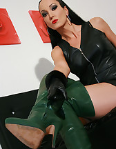 Horny in green leather boots, pic #7